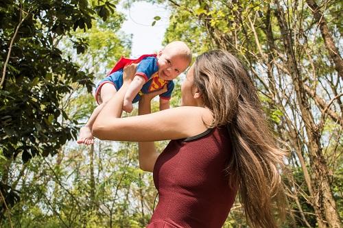 haptonomie surstimulation des bébés
